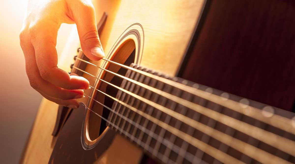 Live Music - Acoustic Showcase at Meet & Sip